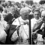 farnost1938_sveceni-zvonu-7