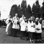 farnost1943_sveceni-hrbitova-03