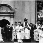 farnost1943_sveceni-hrbitova-09