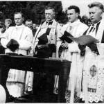 farnost1943_sveceni-hrbitova-10