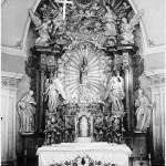 farnost1946_oltar